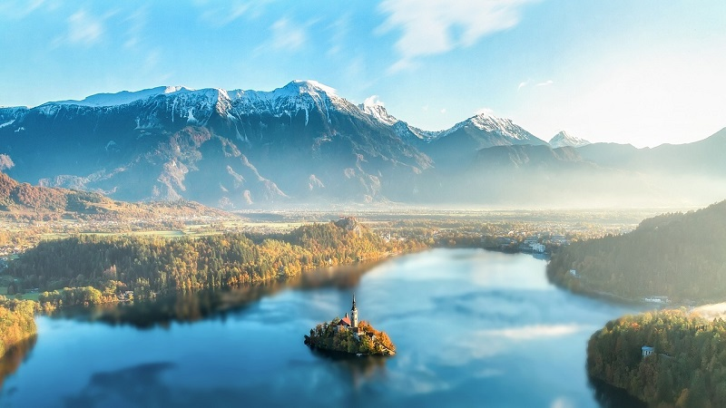 Mountains and a river